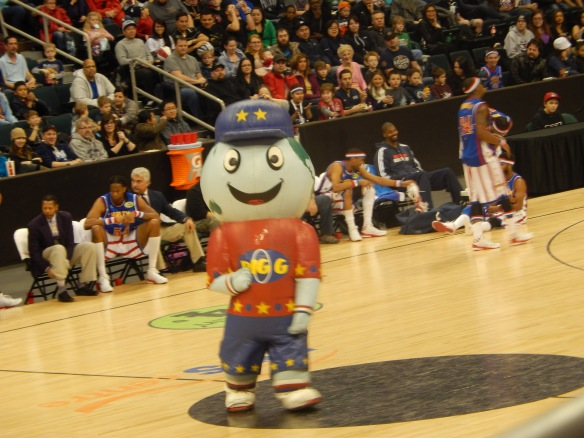 The official Globetrotters mascot, Big-G